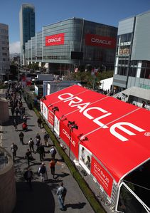 Attendance-Oracle-OpenWorld-Up-Over-10-Percent-HAre8TvXHKAl.jpg