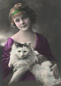 1910bigcat_lady.jpg