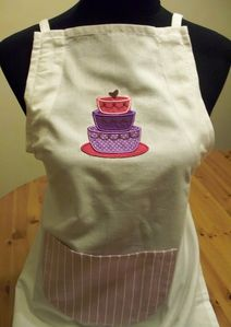 tablier-applique-gateau.jpg