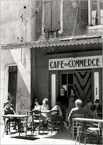 img_Le-Cafe-du-Commerce_Robert-DOISNEAU_ref-PH2586_mode-zoo.jpg