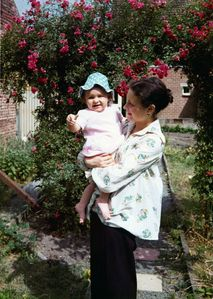 Alix-Mum---July-1975-copie-1.jpg