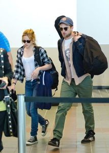 robsten LAX airport 2