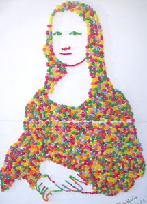 Mona-Lisa-made-from-candies.jpg