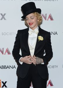 20130619-pictures-madonna-mdna-tour-premiere-screening-hq-0.jpg