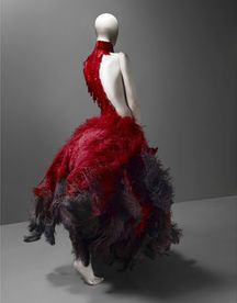 Red-Alexander-McQueen-Come-with-Savage-Beauty-Concept.jpg