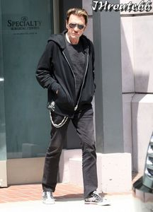 Johnny-Hallyday--Photos-du-13-avril-2011-n6.jpg