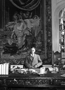 dodd-desk-1933.jpg