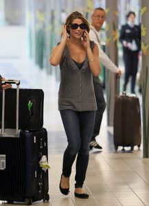 ashley arriving at CDG airport france 1