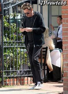 Johnny-Hallyday--Photos-du-13-avril-2011-n1.jpg