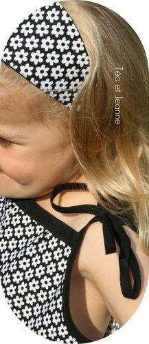 Robe-fleurie-noire-et-blanche-3