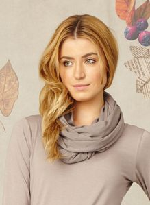 skargen-snood-wac2085-pebble-2.jpg