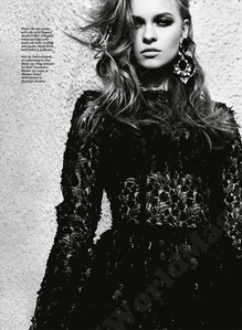 Marie_Claire_UK_2012_09_181-1-.png