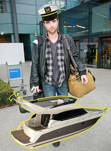 robert pattinson speedboat