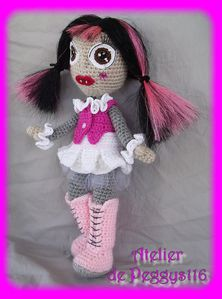 Draculaura-monster-High--5-.jpg