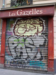 les gazelles, rue cavallotti, paris