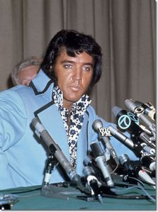 1972 elvis new york press conference[-56