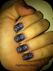 Nail-art-du-vernis-catrice-420-DIRTY-BERRY-01montage01.jpg