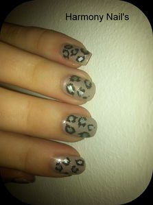 nail-art-du-vernis-essence-ICED-AGE-RELOADED-montage02.jpg
