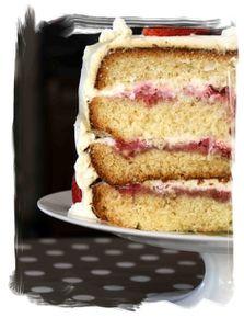 layers cake à la fraise et chantilly mascarpone e