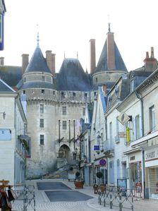 280-Chateau de Langeais et rue Thiers