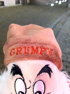 grumpybonnet.JPG