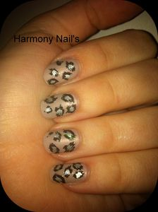 nail-art-du-vernis-essence-ICED-AGE-RELOADED-montage01.jpg