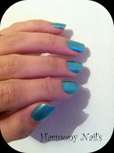 swatch-vernis-lolitas-bleu-vert-nacrer01-Montage01.jpg