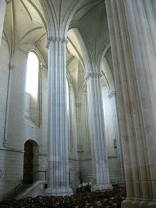 COLLEGIALE INTERIEUR