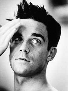 robbie-williams-06.jpg