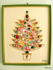 vintage-bling-christmas-tree-by-sweetina