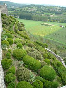 110809 17 Marqueyssac Bastion Pied Remparts