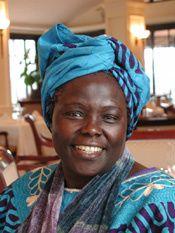 Wangari_Maathai_portrait_by_Martin_Rowe-2005.jpg