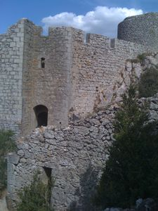 intérieur en ruine du château