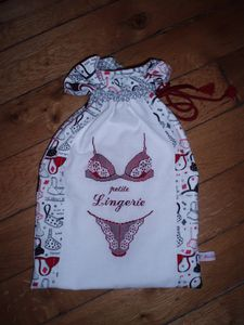 Pochette Lingerie Darlne Mars 2013