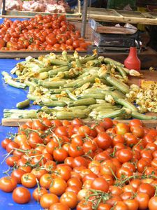 tomates courgettes marché