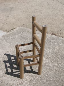 table-et-chaise-en-carton-010.JPG