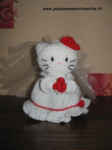 Hello-Kitty-se-marie.JPG
