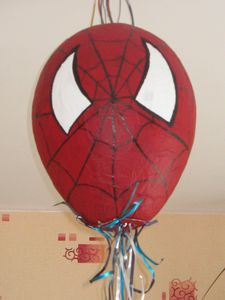 Pinata-spiderman 0124
