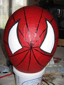 tuto perso pinata spiderman passionnement cr ative. Black Bedroom Furniture Sets. Home Design Ideas