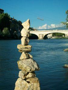 Kern-des-bulles-de-Grenoble----Isere----Levaillant-c-2011.jpg