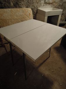 table formica 1833