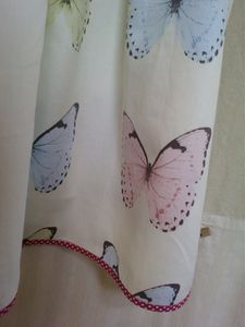 11 08 robe papillons 4