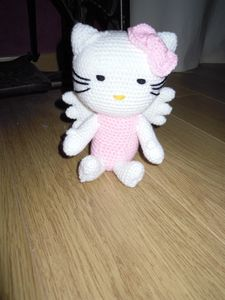 hello-kitty-ange-assis.JPG