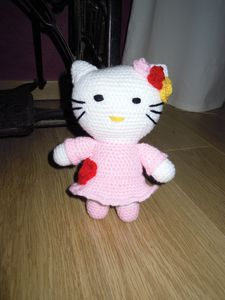 hello-kitty-rose.JPG