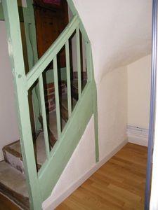 emplacement sous escalier a aménager