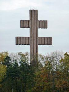015-croix de lorraine à colombey