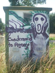 Graffito Condemned to Agony le-cri Domaine Public