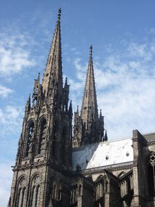 Cathedrale-Clermont.jpg