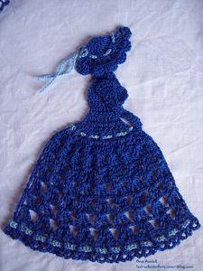 dame-bleue-lady-crinoline-deco-crochet