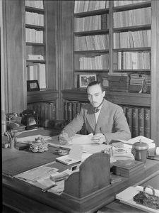 Henri-VI-a-son-bureau.jpg